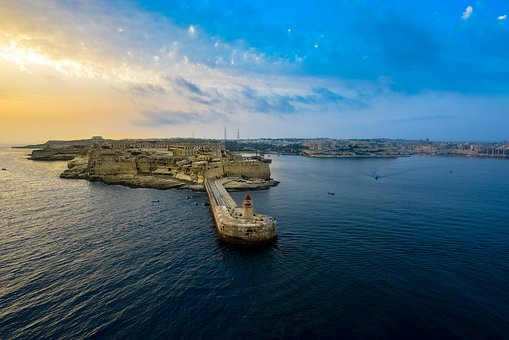 The-number-of-tourists-in-Malta-grew-in-December-2016